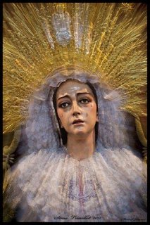 <p>Destello Trinitario</p> <p>Autor: Manuel David Jiménez Armario</p>
